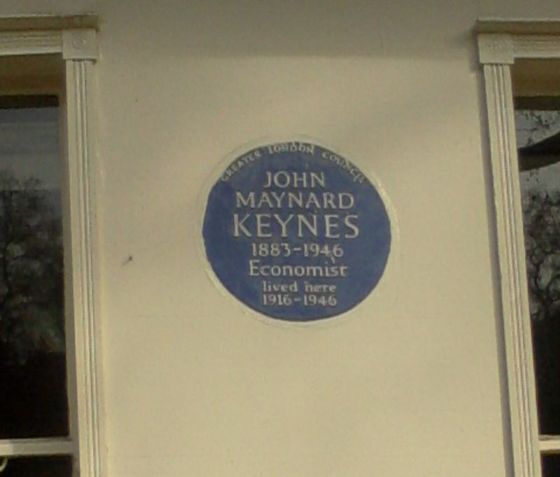 Keynes Blue Plaque 46 Gordon Square-2